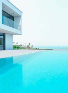 piscinas de lujoj
